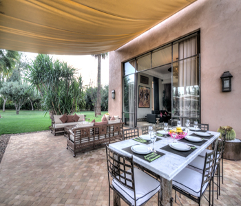 restaurant villa
